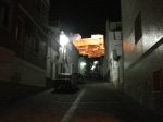 La subida al castillo, por la noche